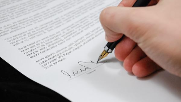 Per ottenere l'agevolazione prima casa in caso di successione o donazione è sufficiente che uno degli eredi o beneficiari possieda i requisiti previsti dalla legge