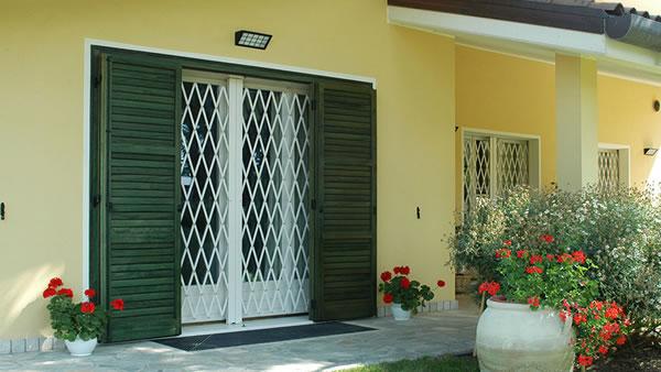Infissi per la casa al mare caratteristiche e materiali for Colore esterno casa al mare